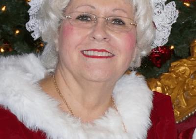 Santa & Mrs Claus (7)